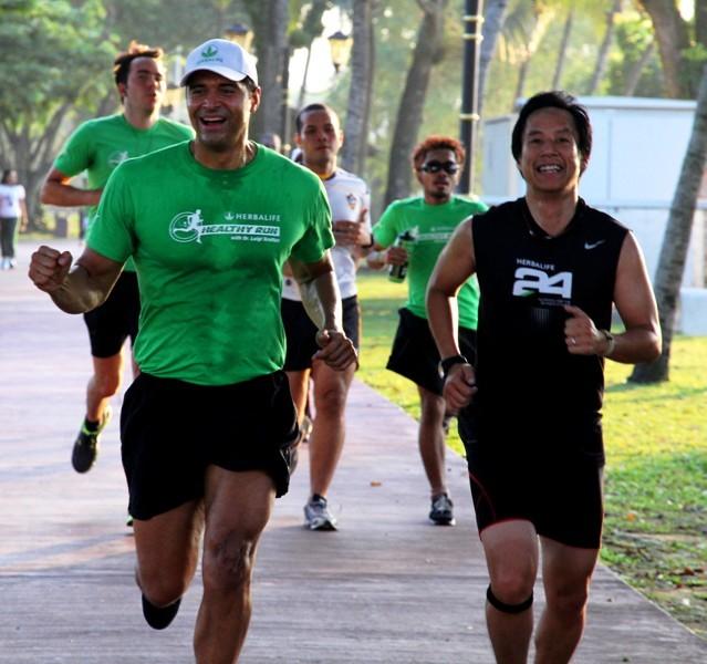 Dr. Luigi Gratton at the Herbalife Healthy Run